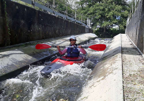 brenda_shooting_porters_canoe_pass_01
